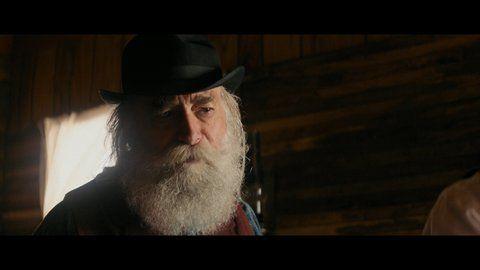 Hickok hemsworth uhd 01 large 3