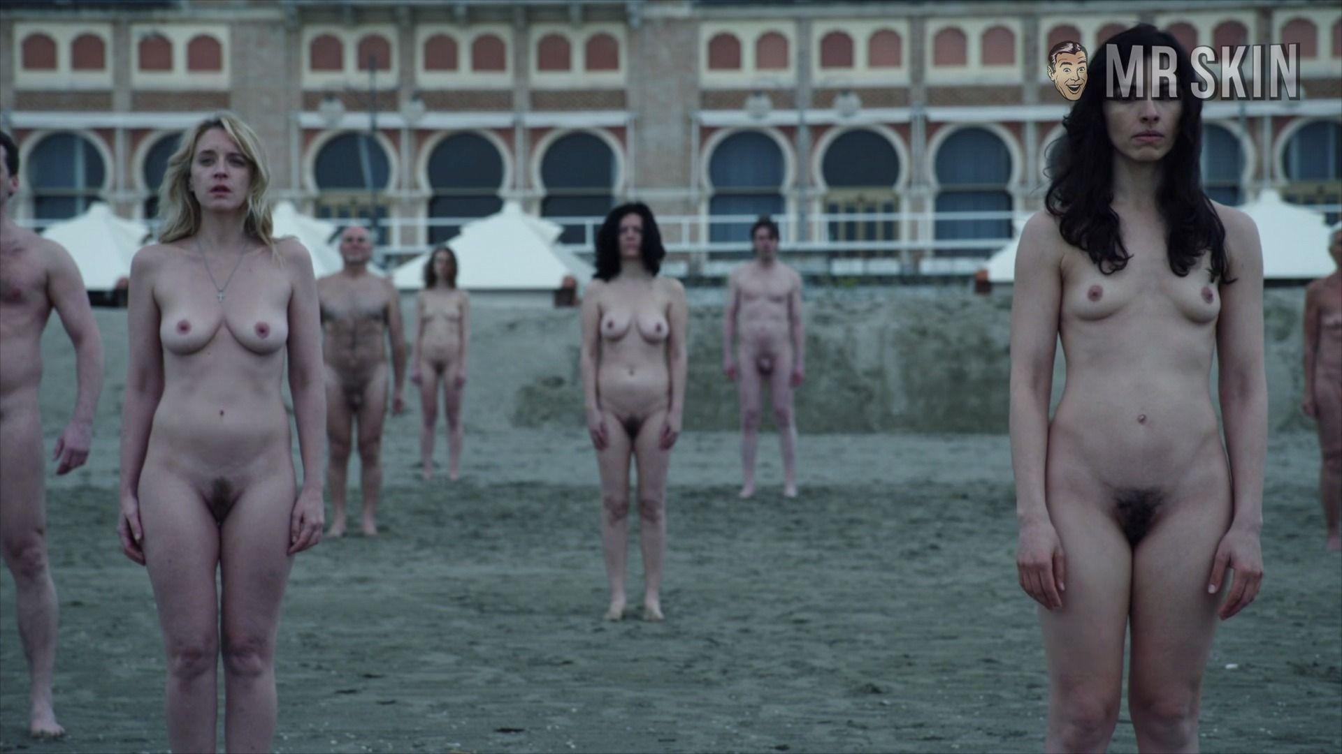 New nude scene